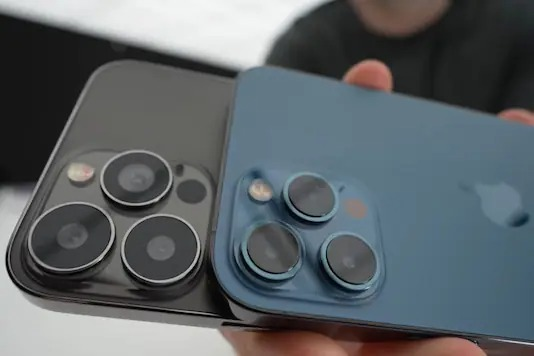 Apple iPhone 13 Rumoured to Come With Larger Camera Bump, Slightly Thicker Dimensions